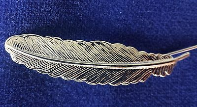 Feather Lapel Pin Feather Mens Wedding Corsage Suit Breastpin Silver Free P & P