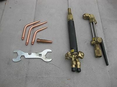 New welding & cutting torch with extra tips