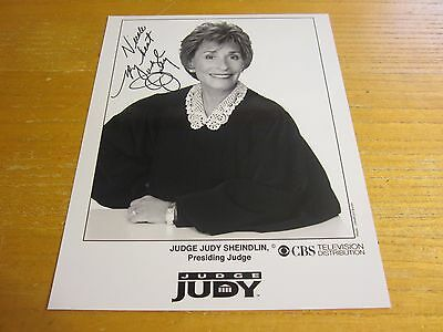 "Judge Judy Sheindlin Actress Autographed Signed 8X10 Photo ""Judge Judy"""