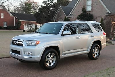 2011 Toyota 4Runner SR5 Perfect Carfax Low Miles Great Service History