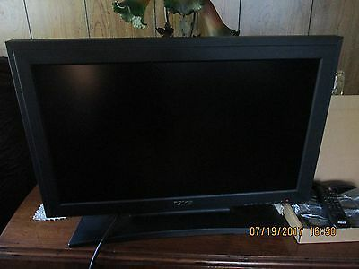"""New Pelco 26"""" LCD Monitor Model PMCL526A w/All Plugs and Remote"""