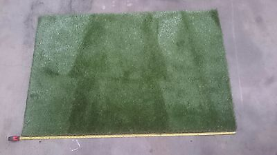 Fake grass, 170Cm's L and 110Cm's W No Reserve.