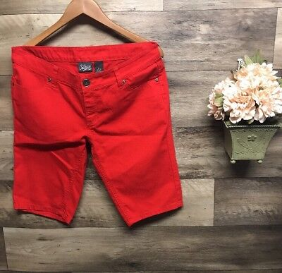 New Juniors City Streets Sz 11 Red Long Shorts Bermuda