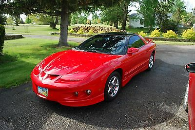 2000 Pontiac Firebird Base 2000 Pontiac Firebird