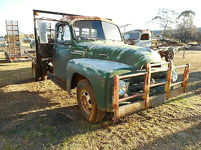 Vintage Ar 130 International Truck