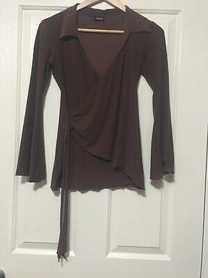 Stylish, flared, long-sleeve shirt in Brown stretch fabric. Size S