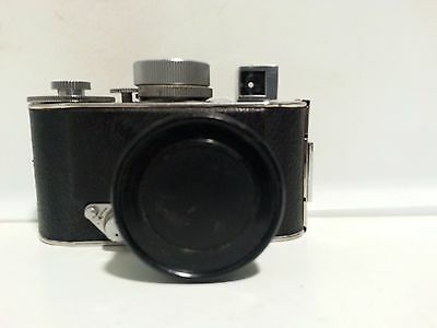 Rare Robot 1 camera with Carl Zeiss Jena Biotar 4 cm 40mm,  1:2 lens from  WWII