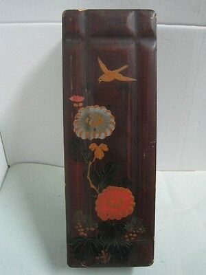 Antique CHINA CHINESE big box Laquered  with a flowers and a bird