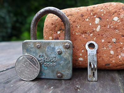 Vintage Small Guri DDRP Padlock with unique flat working key push key collector