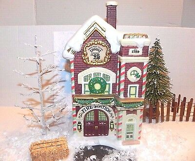 Enesco North Pole Village Elf Sandi Zimnicki FIRE STATION HOUSE W/box RARE!