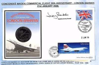 HH343 2006 GB GIBRALTAR MEDALLIC COIN COVER Bahrain Flight Signed CONCORDE PILOT