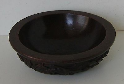 Bowl Floral Foliate Relief Pattern Carved Wood Antique