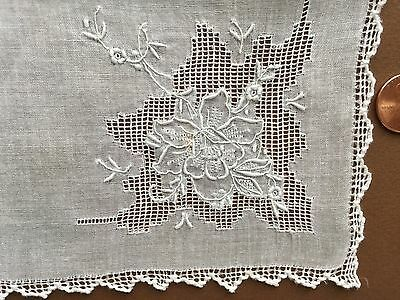Vintage white drawnwork and rose embroidery  handkerchief - BRIDE, COLLECT