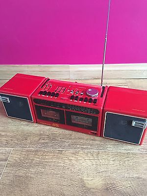 Grundig Red Party Centre Center 2200 Boombox Ghetto Radio Stereo