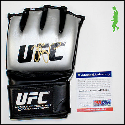 Jon Bones Jones Autographed Signed Ufc Mma Glove Psa Psa/dna Coa