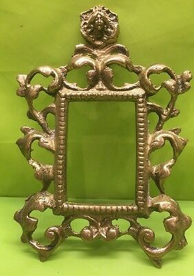 """Beautiful Antique Victorian Brass Cast Metal Picture Frame With Face ~ 5"""" W 7"""" T"""