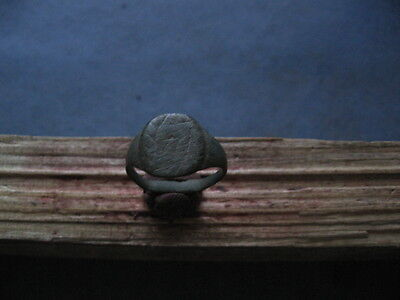 ANCIENT ROMAN BRONZE ENGRAVED SEAL FINGER RING 1-2 ct. A.D.
