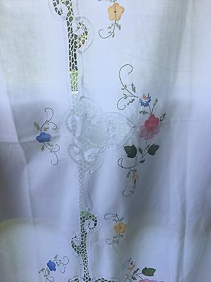 VINTAGE EMBROIDERED TABLECLOTH= BEAUTIFUL FLORAL EMBROIDERY  6ft x 5ft