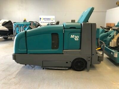 Tennant M30 Ride on Sweeper/Scrubber Re-manufactured - FREE SHIPPING - LP Power