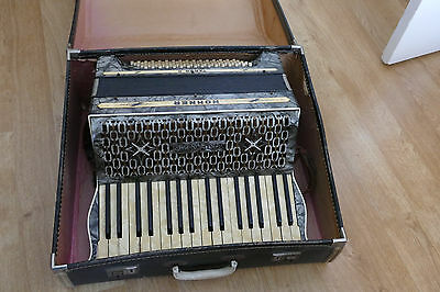 Vintage Hohner Tango II 34 key 80 base in good condition, case, VIDEO, 1930s?