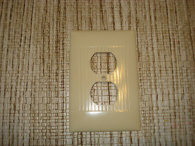 Vintage Set Of Sierra Bakelite Ivory Ribbed Over Size Outlet Plate Covers ...