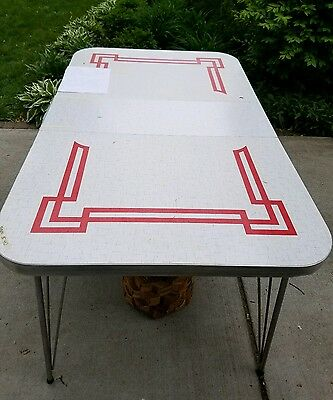 Vintage 1950s Retro  Formica Chrome Kitchen Table w/Leaf BY WALTER OF WABASH