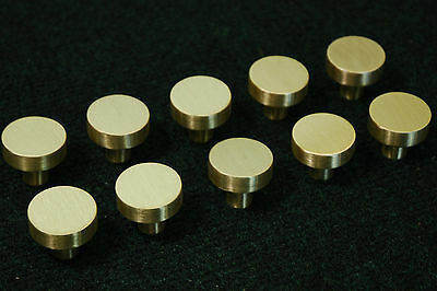 Lot of 20 Contemporary Cabinet Knobs