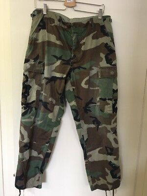 Vintage Army Fatigue Green Camo Medium Short Pants Size Supreme Waist 31-35