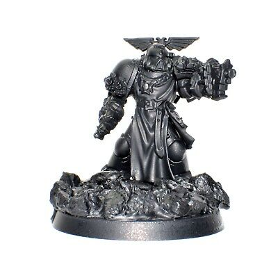 Warhammer 40K Black Templars Captain Character - Primed, Custom Base