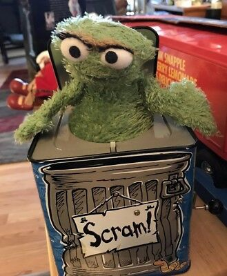 2004 Sababa Toys Sesame Street Oscar The Grouch Jack In The Box - No Sound