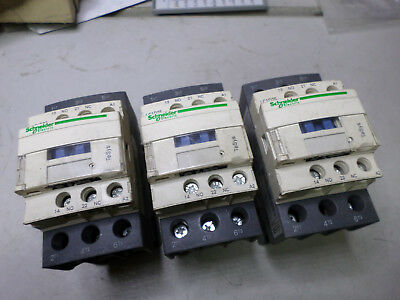 SCHNEIDER ELECTRIC CONTACTORS -- Qty of 3 -- 40amps 11Kw -- 380ac Coils - LC1D25