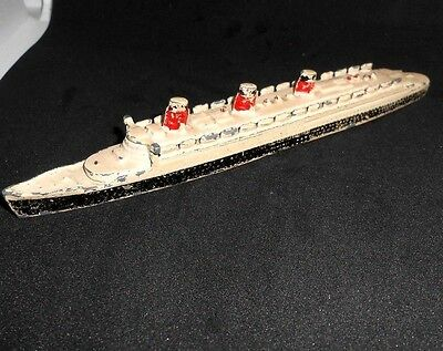 Dinky Toys Cunard White Star Queen Mary Liner no.52 - pre-war with brass rollers