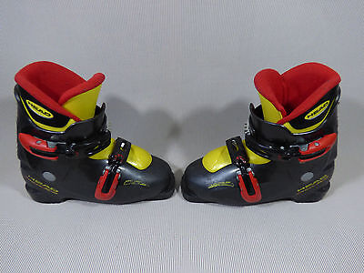 Kids Youth HEAD CarveX2 Ski Boots Mondo 22.5 (US 4.5 EUR 35).Boot lenght 261mm
