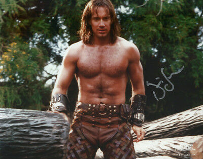 HERCULES The Legendary Journeys KEVIN SORBO nice signed photo!