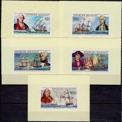 Malagasy 1970 American Revolution Military Sea Battle Ships Uniforms DeLuxe MNH