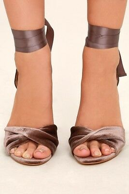 e5f8b407230 NEW STEVE MADDEN Womens Clary High Heel Tie Up Sandal Shoes Taupe color  size 6.5