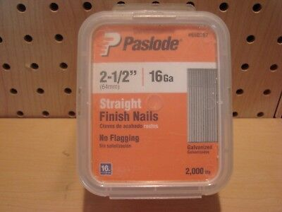 """Paslode 2-1/2"""" 16 Gauge Straight Finish Nails 2000 count #650287 NEW"""