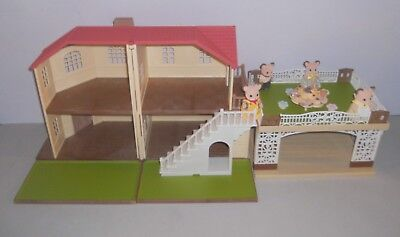 Sylvanian Families Maple Manor & Carport Plus Field Mouse Family . No Boxes.