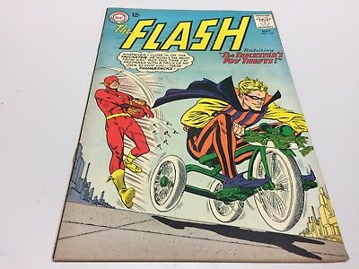 The Flash #152! DC Comics - 1965! 3.0, G/VG Condition! Silver Age!