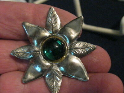 Outstanding large silver flower button