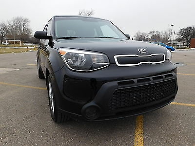 2016 Kia Soul Hatchback 4-Door 2016 Kia Soul  Hatchback 4-Door 1.6L
