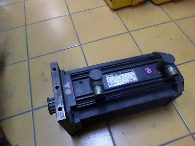 LENZE SYNCHRONOUS SERVO-MOTOR w/BRAKE - RESOLVER 8.3Nm  MDSKSB071-13 -- 00402439