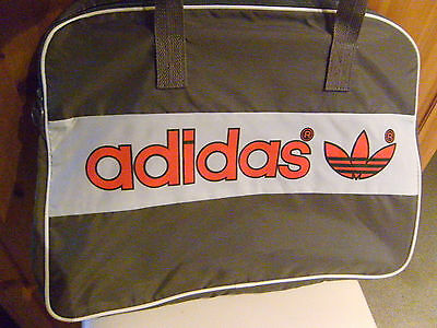 adidas vintage tasche disney eur 25 00 picclick de. Black Bedroom Furniture Sets. Home Design Ideas