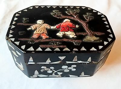 Vintage Black Lacquer Asian Box Mother of Pearl Inlay BEAUTIFUL Trinket Jewelry