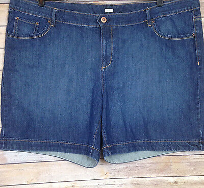 Old Navy Plus Size 26 Blue Jean Denim Shorts Low Rise Stretch Womens