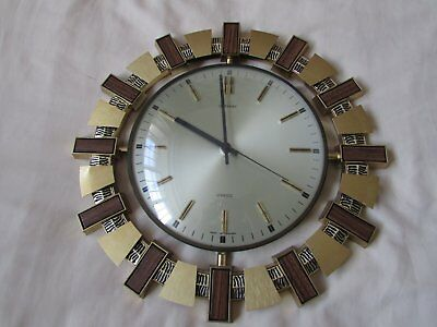 1970's metamec wall clock, excellent condition for age, battery operated.