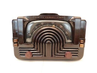 Vintage Old Classic Zenith Art Deco Antique Bakelite Tube Radio Unique Design !