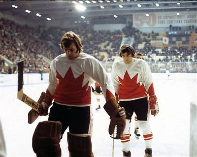 Ken Dryden, Serge Savar team Canada 1972 Unsigned 8x10 Auction Photo