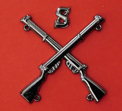 """Sniper Badge Crossed Lee Enfield .303 Rifles With Letter ""S"" Black Metal Plated"