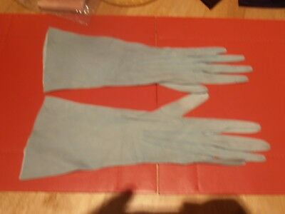 1950s Ladies Green Kid Leather Gloves Size 6 1/2  Made in France